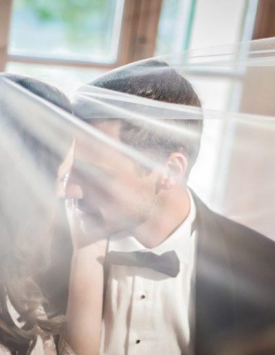 mariés sous le voile